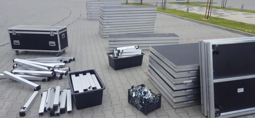 wynajem podestów scenicznych w expo Kraków