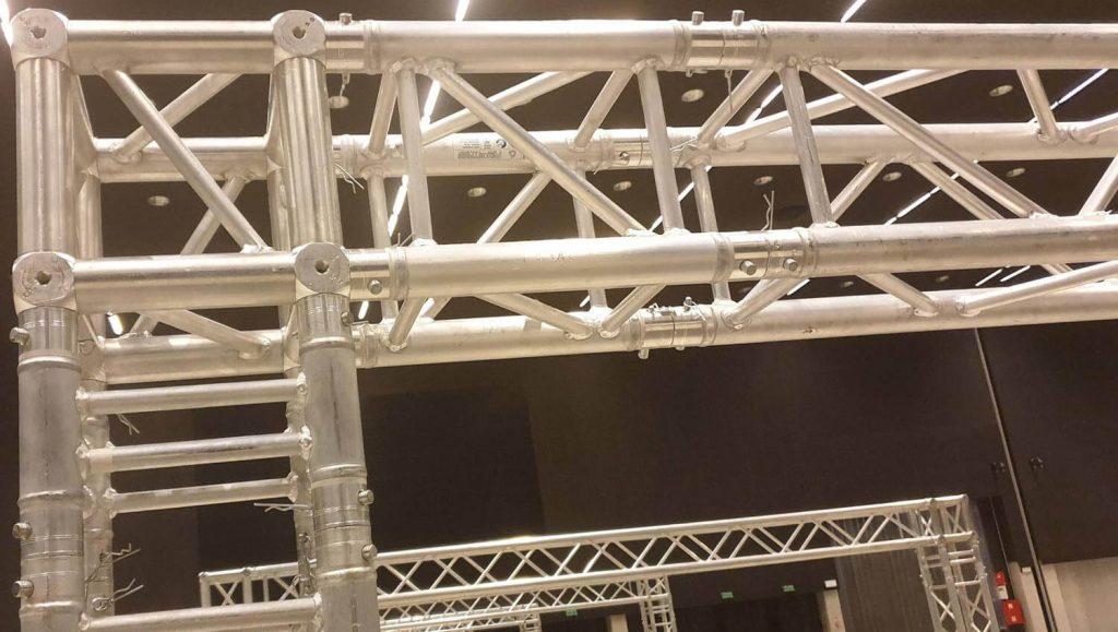 element kratownicy aluminiowej quadro bramka sceniczna