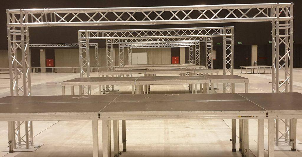 kratownica aluminiowa quadro system w kształcie bramki