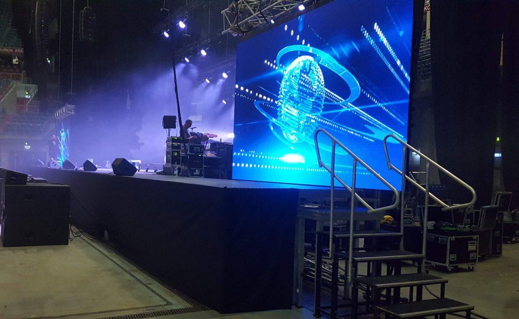 wynajem sceny 20m x 10m arena Kraków małopolska dla maturzystów