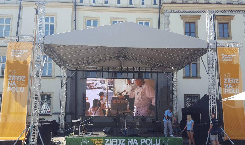 wynajem sceny z zadaszeniem na placu nowym Kraków